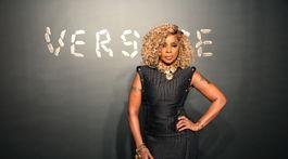 Speváčka Mary J Blige pred prehliadkou Versace.