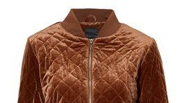Dámska bomberová bunda Cellbes, predáva sa za 69,95 eura.