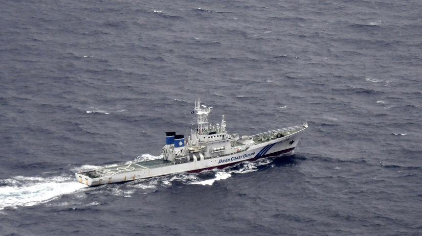 Japonsko USA lietadlá nehoda nezvestní pátranie...