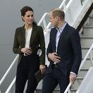 Vojvodkyňa Kate priniesla Vianoce na Cyprus a večer predtým... ako živá Diana!