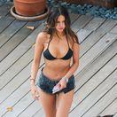 Herečka Eiza Gonzalez na Havaji opäť predvádzala svoje zvodné krivky.