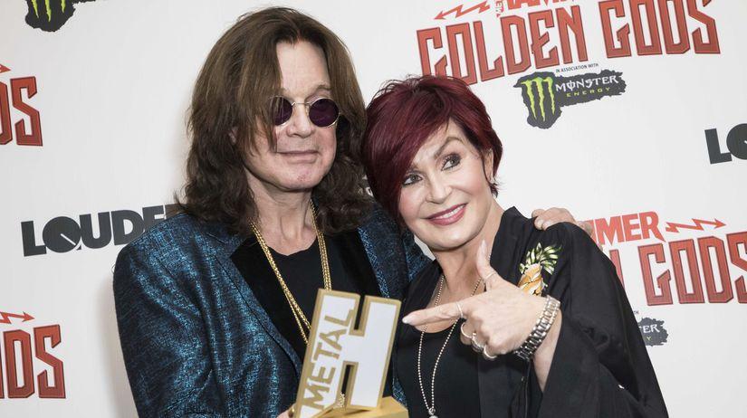 Hudobník Ozzy Osbourne a jeho manželka Sharon...
