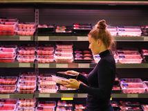 VIDEO: Lesk a bieda potravín, zahraničné valcujú domáce