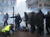 francúzsko, protest, želté vesty, polícia, demonštrácia