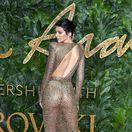Odhalená Jenner, cena pre Crawfordovej dcéru aj trapas vojvodkyne Meghan!
