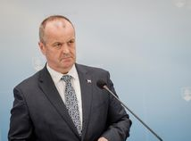 Peter gajdoš, minister obrany,