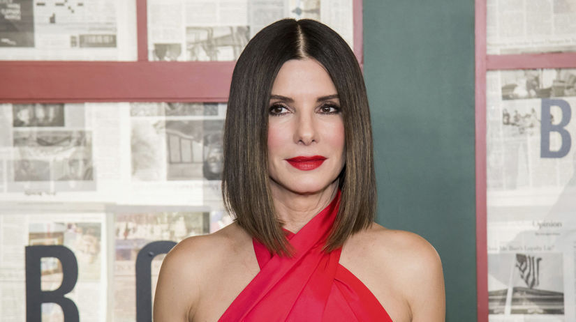 Herečka Sandra Bullock má tvár takmer bez...