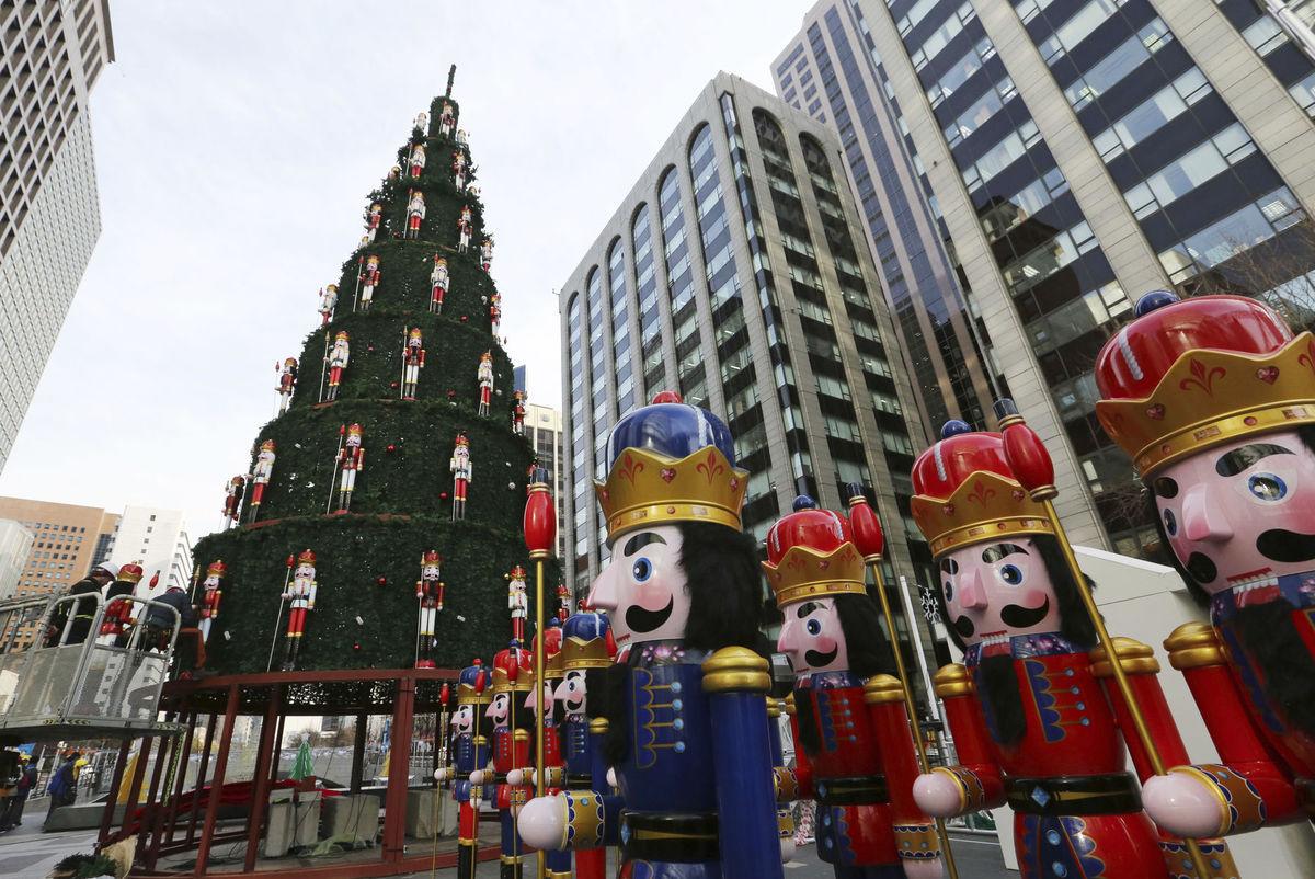 Južná Kórea, Vianoce, stromček, ozdoby, svetielka, sviatky,