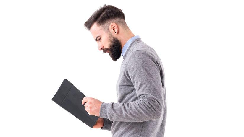 muž, kniha, práca