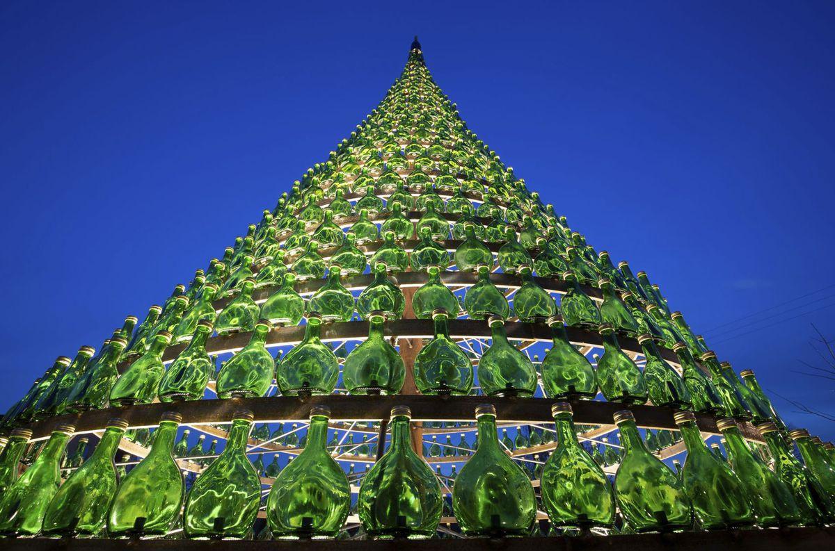 Nemecko Nordheim, Vianoce, stromček, ozdoby, svetielka, sviatky,