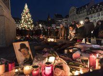 Francúzsko, Štrasburg, sviečky, pieta, námestie, útok