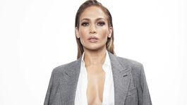 Herečka a speváčka Jennifer Lopez na promozábere k filmu Nová šanca.