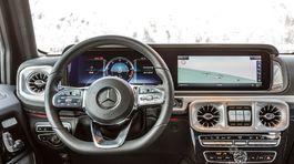 Mercedes-Benz-G350d-2019-1024-2d