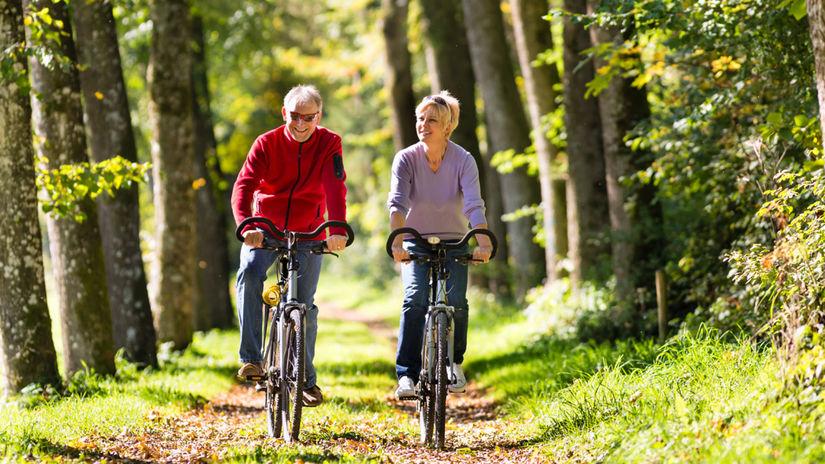 cyklisti, bicykel, seniori, pohyb, rekreácia,...