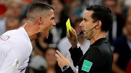 futbal, MS, majstovstvá sveta, Cristiano Ronaldo, Soči, rozhodca, žltá karta