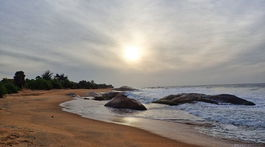 pláž, Kirinda, Srí Lanka, západ slnka, balvany