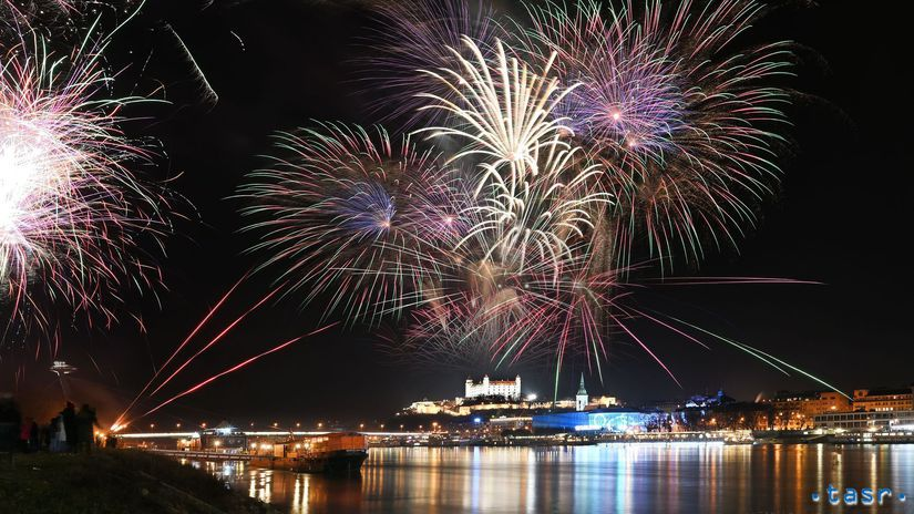SR Bratislava Silvester Nový rok oslavy BAX