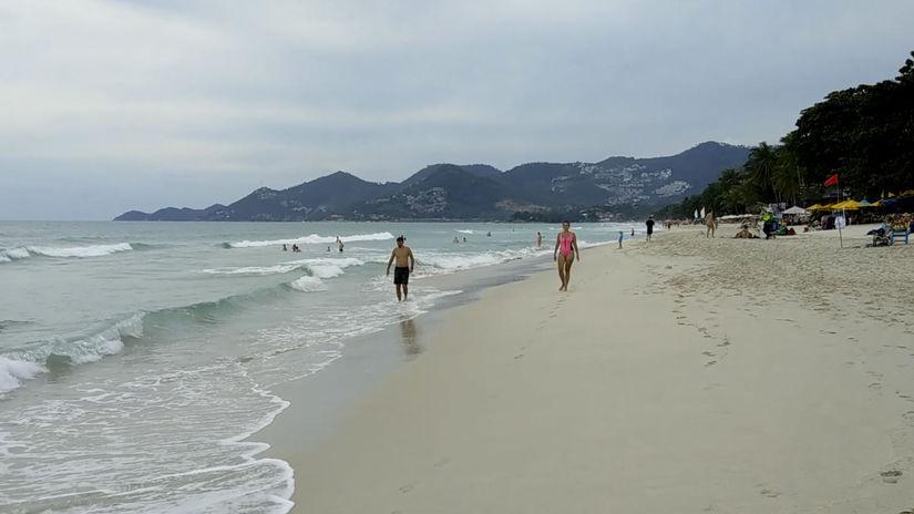 Thajsko Pabuk búrka tropická turisti odchod...