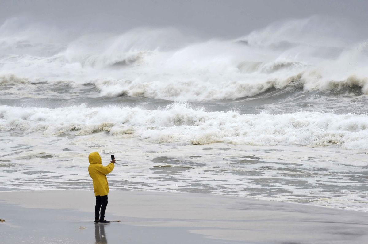 tropické počasie, fotografovanie, more, vlny, búrka, oceán