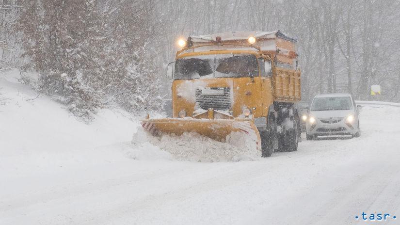SR Pezinok doprava počasie sneženie BAX