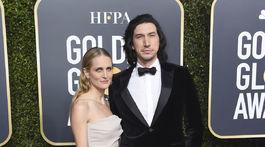 Herec Adam Driver a jeho partnerka Joanne Tucker.