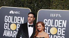 Manželia Sacha Baron Cohen a Isla Fisher (v šatách Monique Lhuillier).