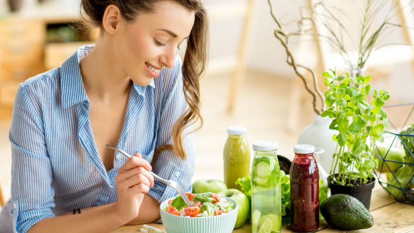 Zdravá strava, zdravé tuky, žena