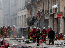 Francúzsko, paríž, výbuch plynu, hasiči
