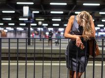 V Dubnici zadržala polícia viacero osôb podozrivých z obchodovania s ľuďmi