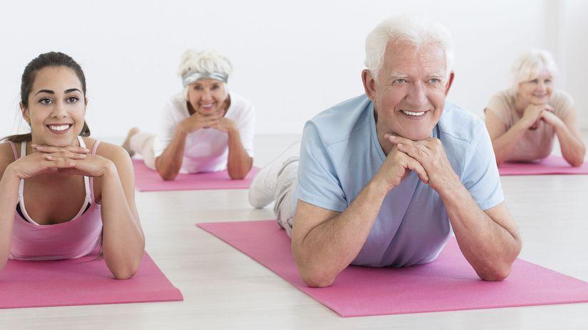 seniori, dôchodcovia, cvičenie