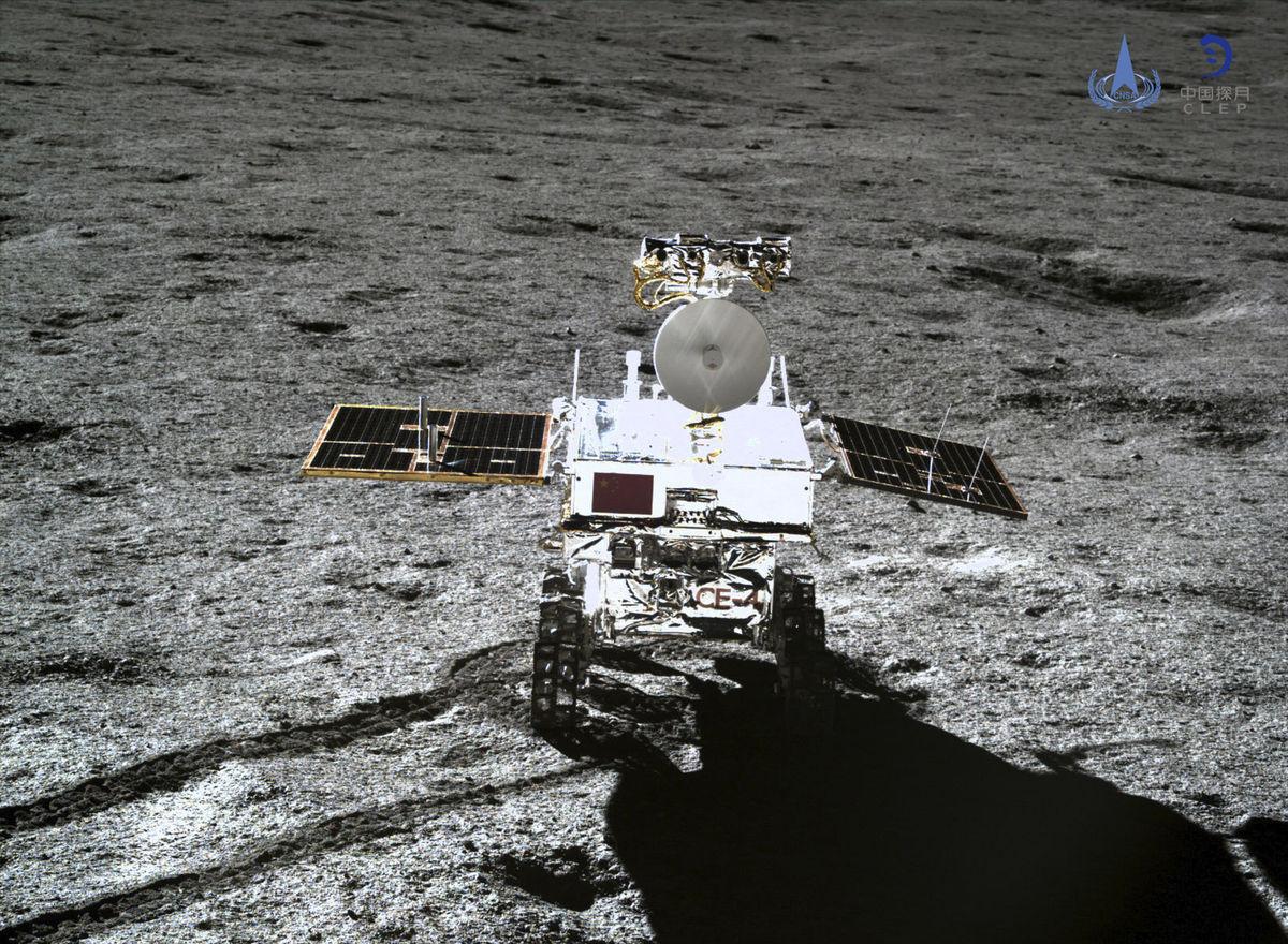 Lunárne vozidlo Nefritový králik 2 (čínsky. e1a59a53d36