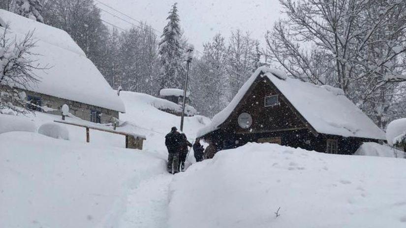 sneh, kalamita, makov