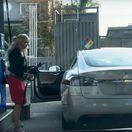 Tesla S - tankovanie