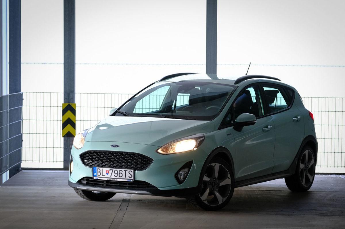 d17915cc116 Ford Fiesta Active má v porovnaní s bežnou.