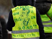 VIDEO: Slovenský expert sa stretol so žltými vestami. Macron ich nezastaví, tvrdí