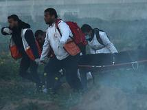 izrael, palestína, pásmo gazy, ranený, nosítka, protest, demonštrácia
