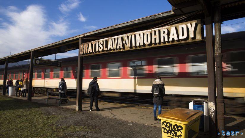 SR doprava železnice stanica Vinohrady...