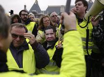 Francúzsko rok nový vesty žlté protesty prvé účasť nízk