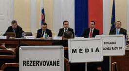 vypocutie kandidatov na ustavnych sudcov,