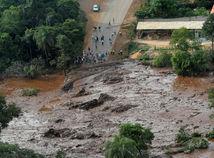 brazília, priehrada, pretrhnutie, voda, záplava