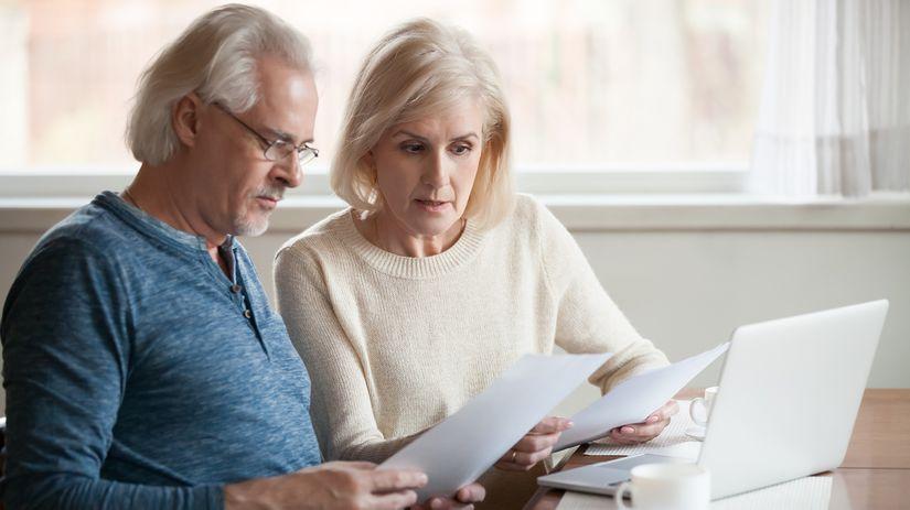 dôchodci, manželia, zmluvy, účty,