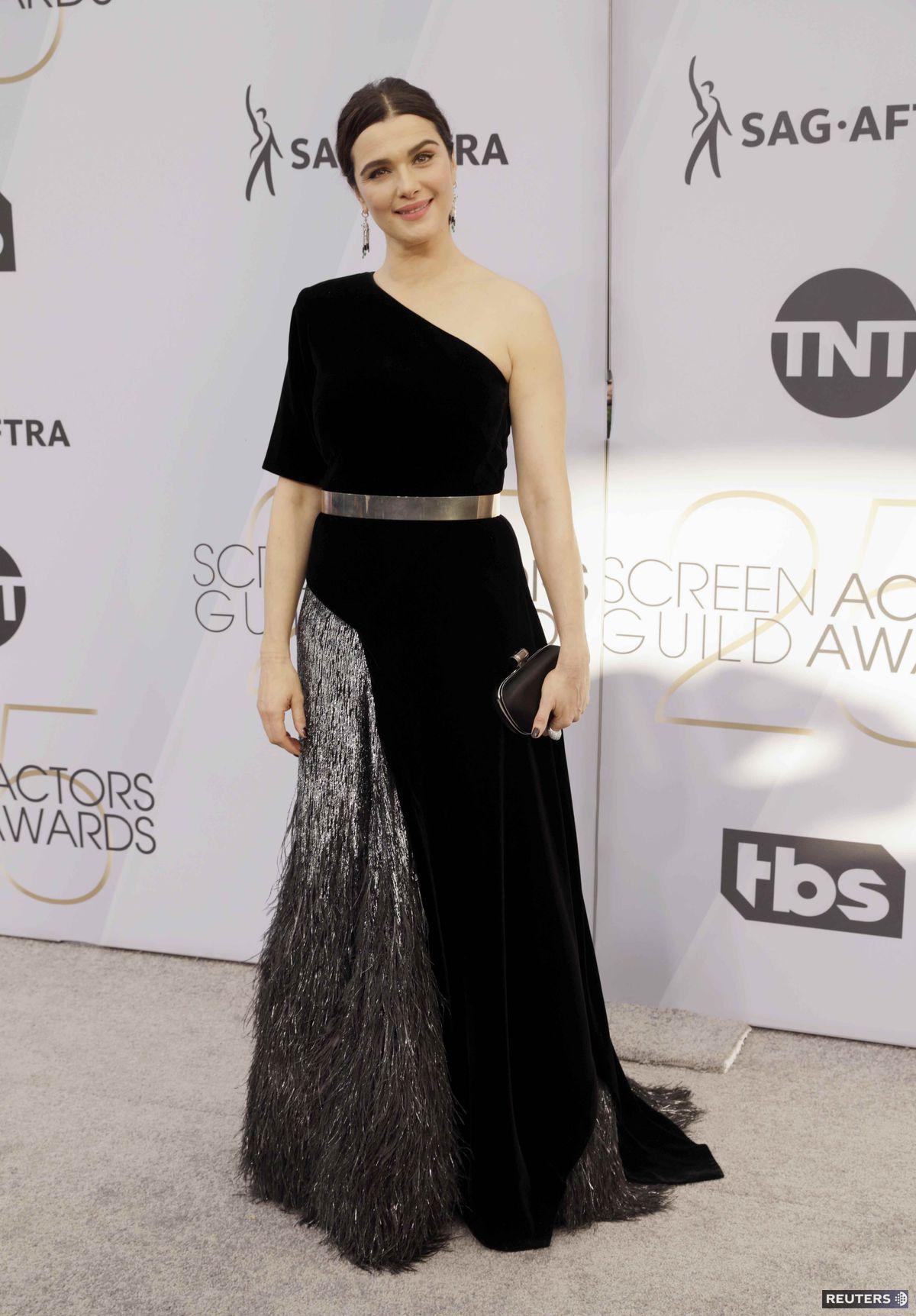 Herečka Rachel Weisz prišla v kreácii Givenchy...