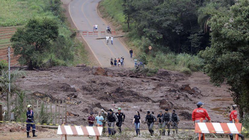 Brazília priehrada pretrhnutie bahno, záchranári