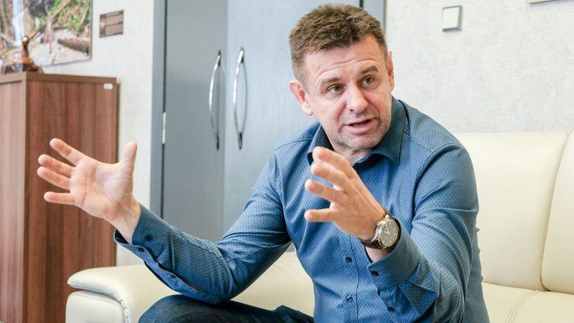 Laszlo Solymos, minister zivotneho prostredia