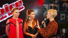 Moderátorka Kveta Horváthová (vpravo) spovedá moderátorky The Voice Česko Slovensko Máriu Čírovú (vľavo) a Terezu Kerndlovú.