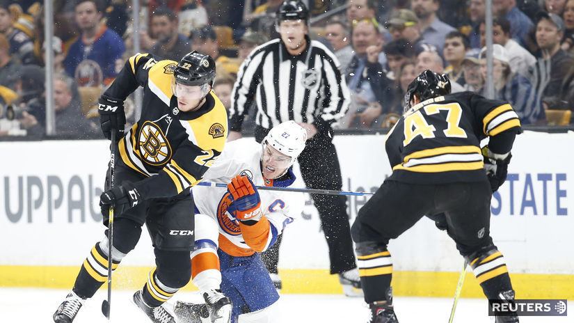 HOCKEY-NHL-BOS-NYI/