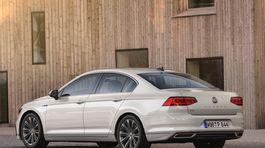 VW Passat GTE - 2019