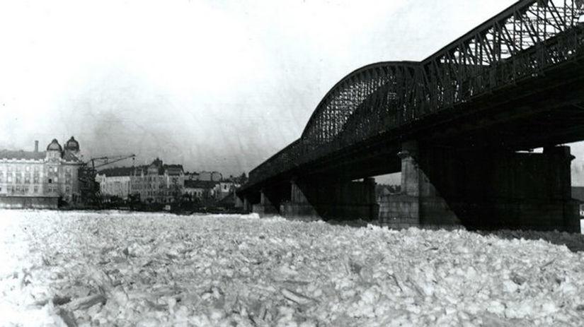 Dunaj, Starý most, zima, 1929