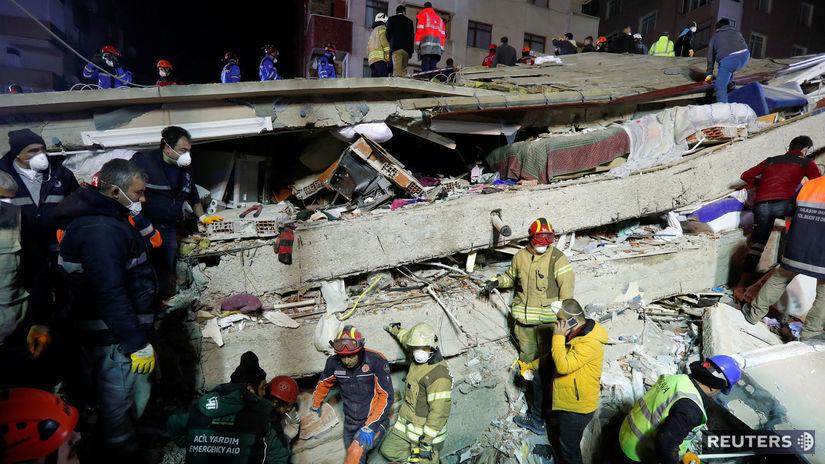 Turecko, Istanbul, budova zrútená