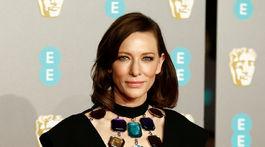 Herečka Cate Blanchett v kreácii Christopher Kane.